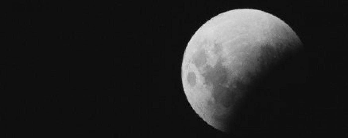 Moon & Zodiac